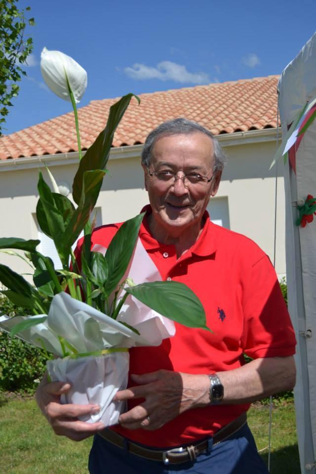 ces-petits-gestes-qui-font-plaisir-a-nos-seniors-offrir-plante